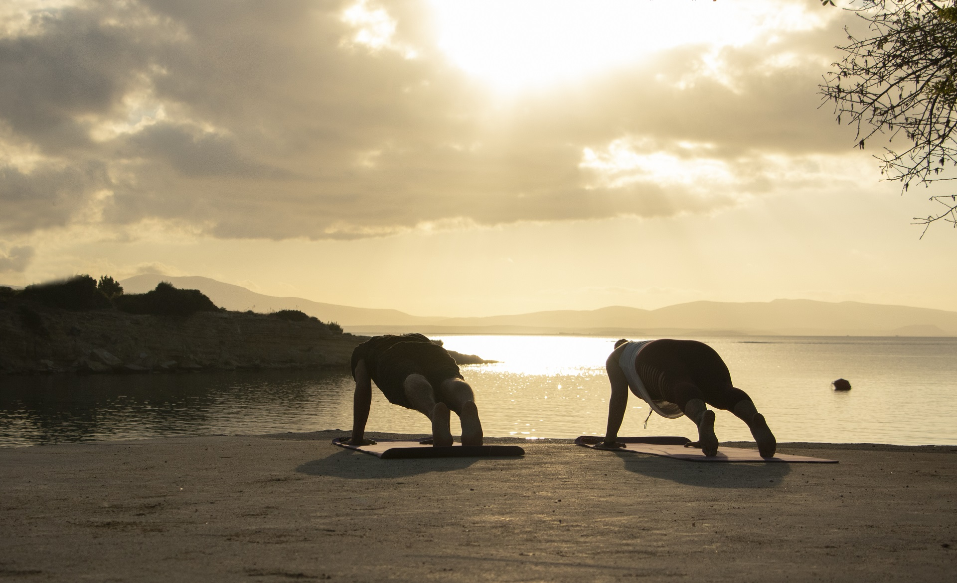 Yoga Candır